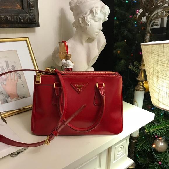 5285a4bf4efa Prada Bags | Saffiano Vernice Tote Bag | Poshmark